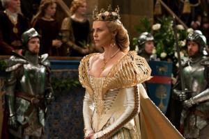 Charlize Theron in Biancaneve e il cacciatore 3