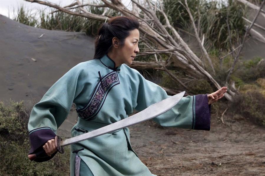 Michelle Yeoh in azione nel trailer finale di Crouching Tiger, Hidden Dragon: Sword Of Destiny