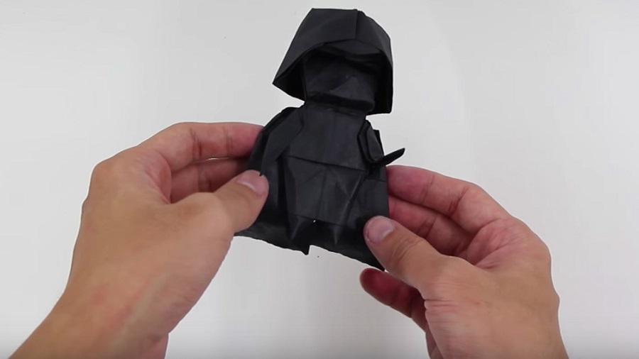 Imparate a realizzare l'origami di Dart Fener