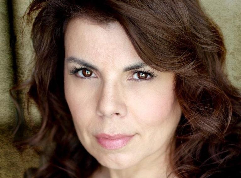 Marilyn Ghigliotti coinvolta in sanguinosi delitti in Murder Hill di Claude Bauschinger
