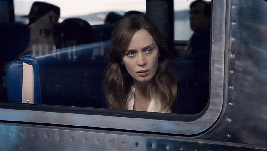 Trailer, locandina e nuove immagini per il thriller The Girl on the Train con Emily Blunt