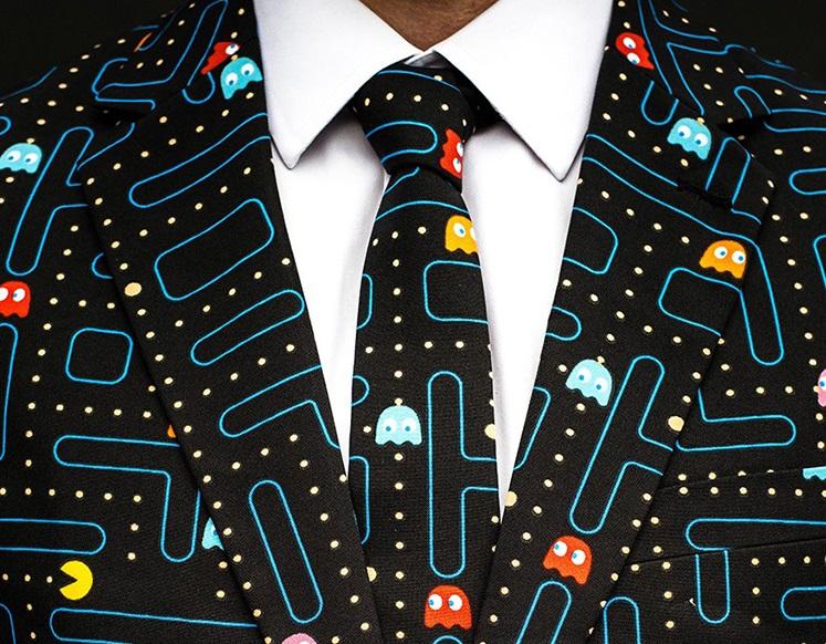 Il completo ispirato a Pac-Man darà una svolta alle vostre serate eleganti