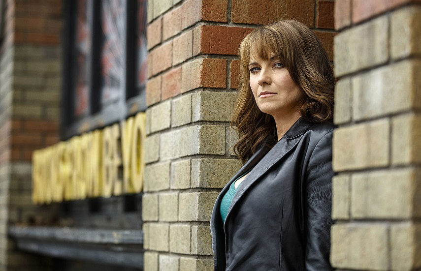 Lucy Lawless protagonista del fantasy soprannaturale The Changeover