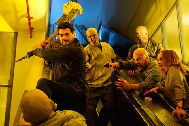 Il trailer di Dead Rising: Endgame ci porta nella zona di quarantena infestata di zombie