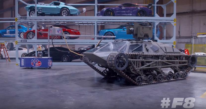 Una clip ci porta con f gary gray nel garage delle for Garage fast auto sarcelles