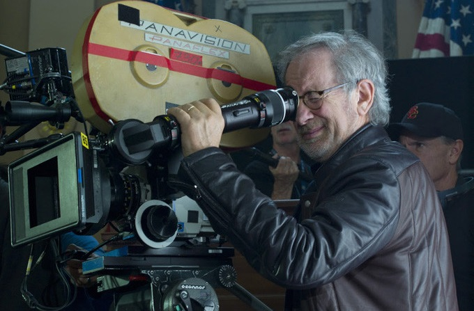 Steven Spielberg progetta una nuova invasione aliena con The Fall