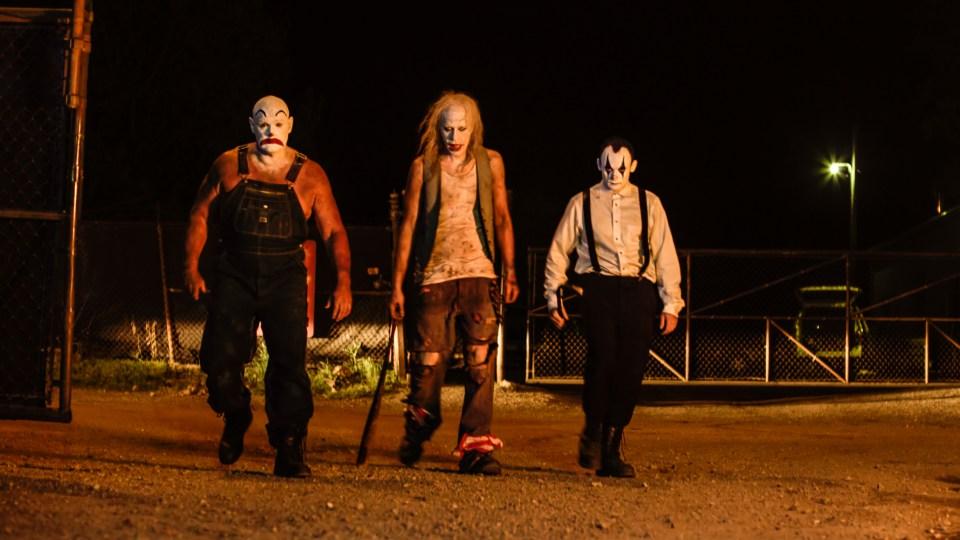 Clowntown: conosciamo i pagliacci killer in 8 immagini ufficiali