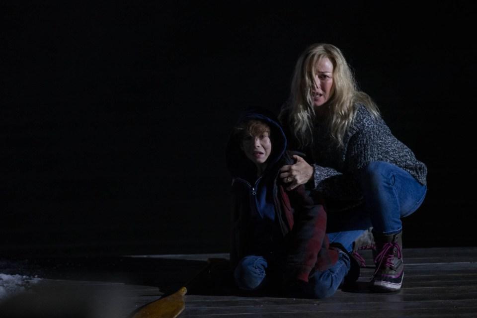 Naomi Watts lotta contro una tempesta letale nelle immagini di Shut In