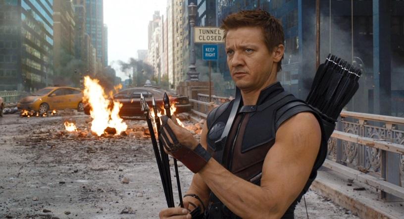 Avengers: Jeremy Renner ha sperato che la Marvel uccidesse Occhio di Falco
