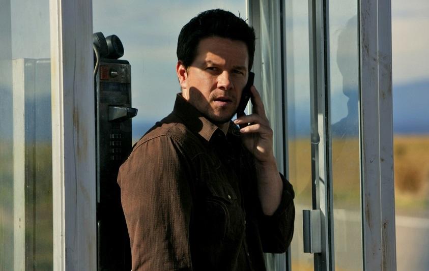 Mark Wahlberg deve difendere sua moglie e la casa in Home Invasion