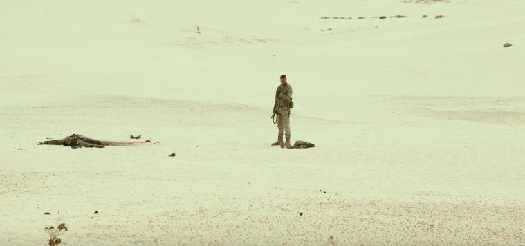 Armie Hammer stremato dal deserto nel full trailer di Mine
