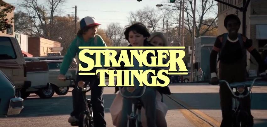 Stranger Things immaginata come sigla di una sitcom anni '80
