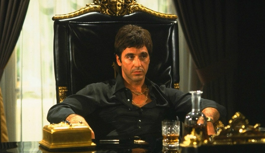 Antoine Fuqua convinto che 'un remake di Scarface è più attuale e importante che mai'
