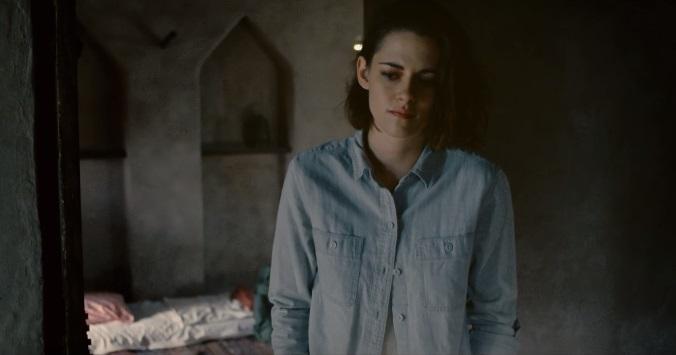 Kristen Stewart contatta il gemello morto nel trailer di Personal Shopper