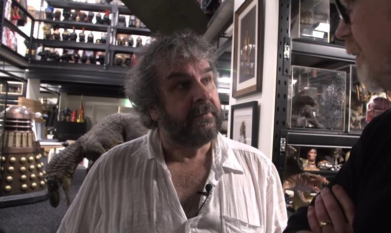 Peter Jackson apre le porte della sua collezione di memorabilia e oggetti di scena
