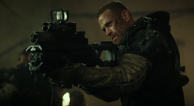 James Badge Dale in guerra contro i fantasmi nel trailer di Spectral, film sci-fi di Netflix