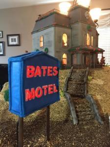 bates-motel-pan-di-zenzero-2