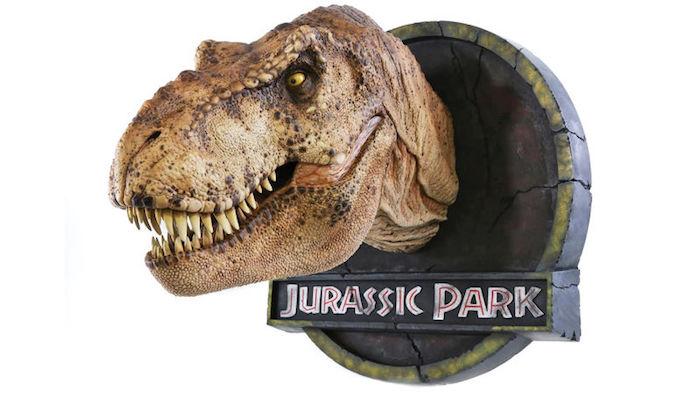Appendete sopra il caminetto il busto del T-Rex di Jurassic Park