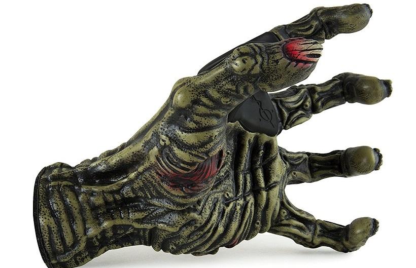 La mano del Toxic Zombie sarà un gancio perfetto per la vostra chitarra