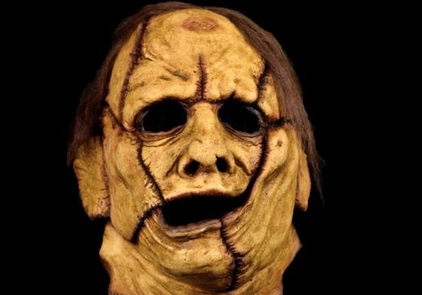 La Skinner Mask racchiude tutte le maschere di pelle umana mai indossate da Leatherface