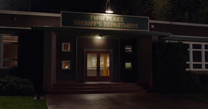 Primi scorci dell'attuale cittadina di Twin Peaks nel nuovo teaser trailer del revival