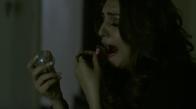 Il trailer di Dobaara - See Your Evil vi farà temere gli specchi