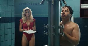 Jon Bass e Kelly Rohrbach in Baywatch (2017)