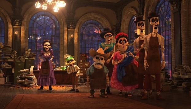 Full trailer e cast vocale per COCO, film della Pixar che celebra il folklore messicano