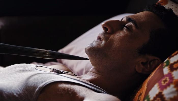 Pistole spianate e mistiche profezie nel trailer del thriller Mike Boy