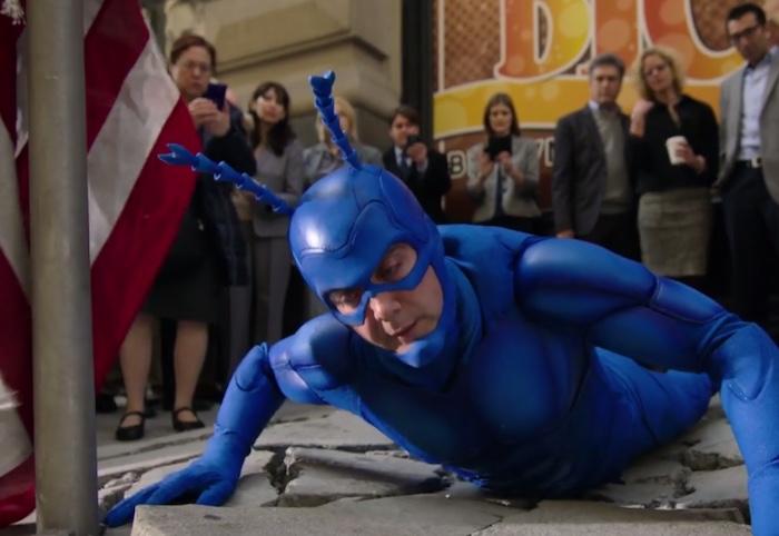 The Tick: Peter Serafinowicz è un eroe rocambolesco nel full trailer della serie revival
