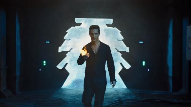 L'Uomo in Nero scatena il caos sulla Terra nel secondo trailer di La Torre Nera