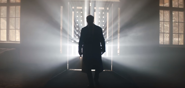 Primo teaser trailer per il thriller La ragazza nella nebbia, con Toni Servillo e Jean Reno