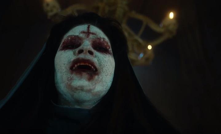 Pioggia di sangue e mostri nel full trailer della stagione 2 di Van Helsing