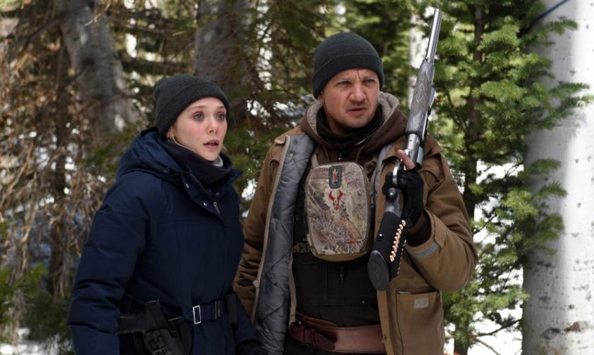 Jeremy Renner ed Elizabeth Olsen a caccia di un killer nel trailer dell'innevato Wind River