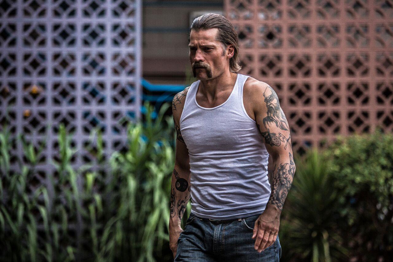 La Fratellanza: poster, data di uscita e trailer italiano per il thriller carcerario con Nikolaj Coster-Waldau
