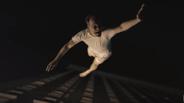 Errol Morris esplora gli oscuri segreti della CIA nel trailer di Wormwood, docu-serie di Netflix