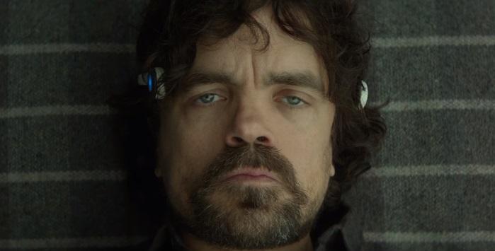 Peter Dinklage gioca coi segreti della mente nel trailer del thriller sci-fi Rememory
