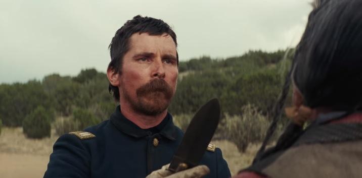 Il razzista Christian Bale contro i Comanche nel trailer del western Hostiles