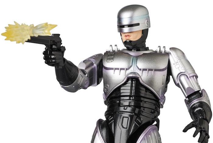 La MAFEX RoboCop Figure celebra nel più dettagliato dei modi il poliziotto cyborg