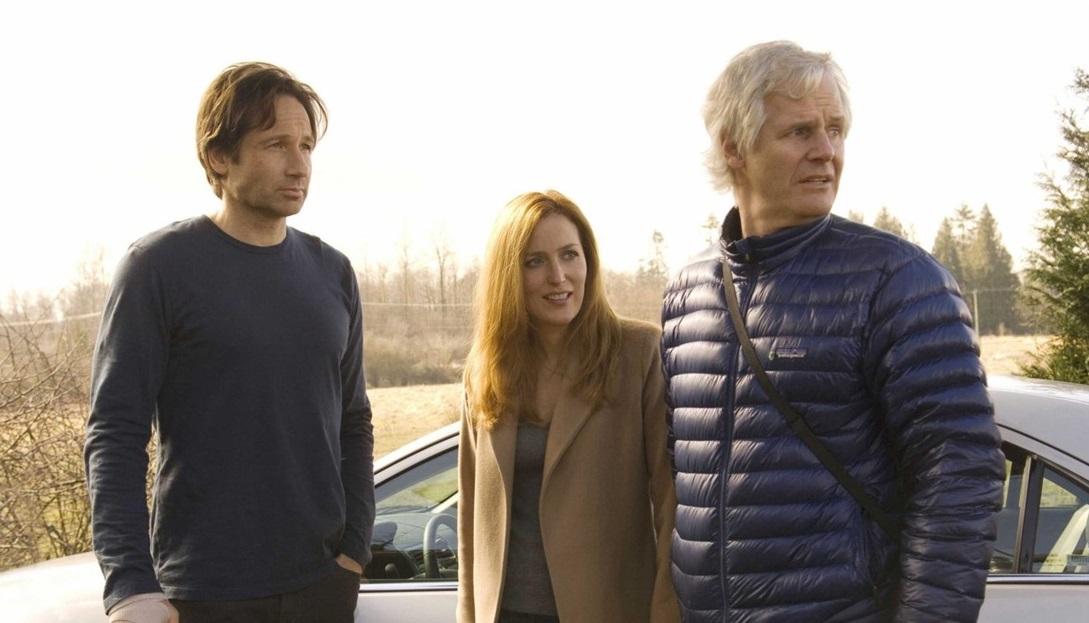 """Chris Carter su X-Files: """"Troppo rigidi nella stagione 10, ora siamo pronti a combattere"""""""