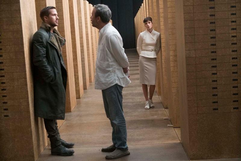 """Denis Villeneuve su Blade Runner 2049: """"Montaggio da 4 ore con scene forti, ma troppo auto-indulgente"""""""