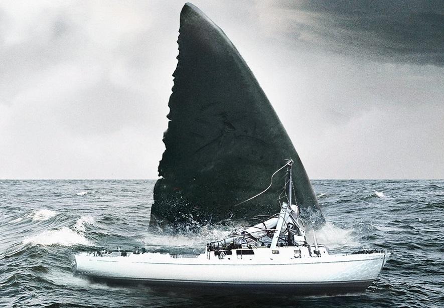 Jason Statham e il gigantesco squalo preistorico nella prima immagine di The Meg