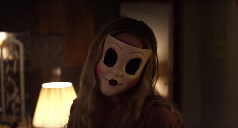 Il full trailer di The Strangers 2: Prey at Night scatena una notte di terrore