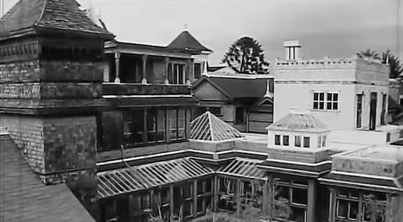 winchester mystery house-resident evil 7-casa