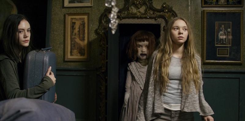 Taylor Hickson sfigurata sul set dell'horror Ghostland di Pascal Laugier