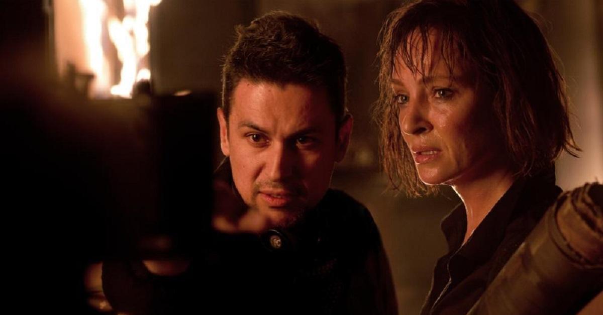 Il collegio di Uma Thurman giace sulla porta dell'Inferno nel trailer di Down a Dark Hall