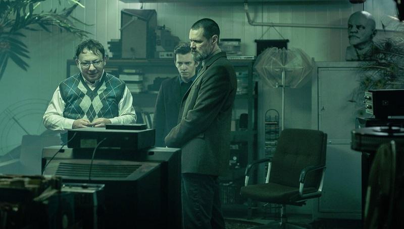 jim Carrey dark crimes film