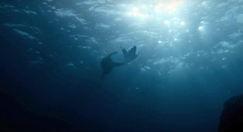Il trailer di Blue My Mind affronta i cambiamenti fisici non comuni di una adolescente