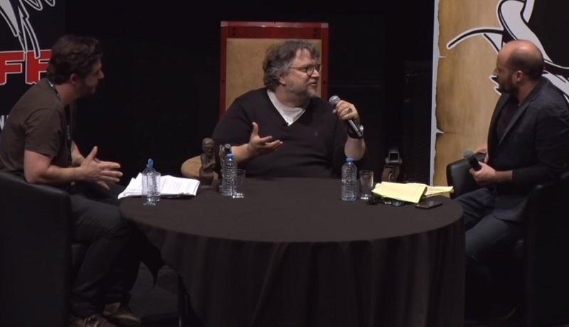 """Guillermo del Toro su La Spina del Diavolo: """"L'idea iniziale era diversa; la bomba e l'orfanotrofio hanno significati molto precisi"""""""