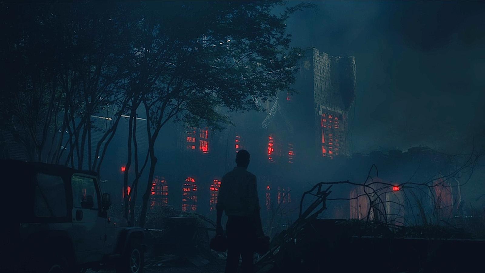 """Mike Flanagan: """"In ogni episodio di Hill House ho nascosto fantasmi in bella vista, ma c'è un motivo"""""""